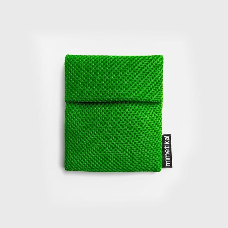 Funda para proteger mascarilla color verde